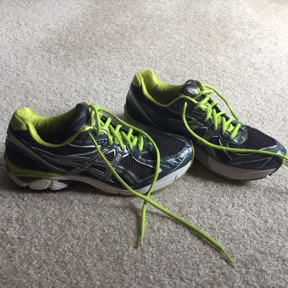 Asics Shoes | Ladies Size 95 Lovely